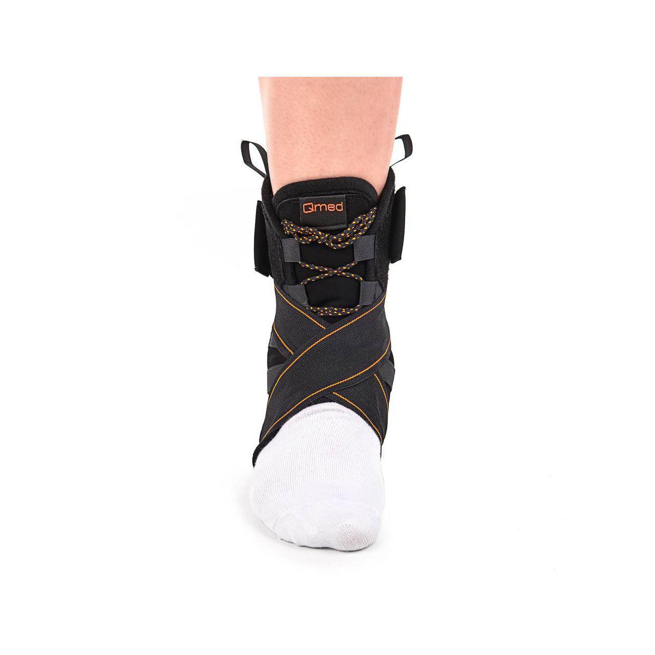 Hüppeliigest toestav ja stabiliseeriv ortoos.